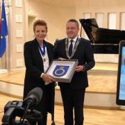 Prof. Omilanowska z honorowym obywatelstwem miasta Połągi